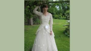 wedding dress donation this ebay wedding dress mystery will make you cry