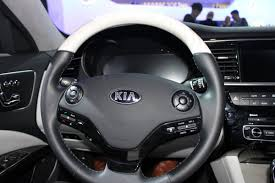 cars kia is kia a luxury car best luxury cars 2017 2018