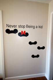 96 best mickey room images on pinterest disney stuff disney mickey and minnie mouse photo op