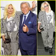 commercial lady gaga barnes and noble tony bennett photos news and videos just jared page 6
