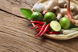 recette cuisine thailandaise traditionnelle cuisine thaïlandaise traditionnelle de nourriture sur l ingrédient