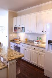 granite countertop how to distress white kitchen cabinets tiny