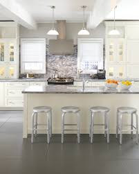 kitchen backsplash with cabinets and light countertops choosing a kitchen backsplash 10 things you need to