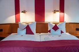 Taxi Bad Zwischenahn Hotel Chalet Deutschland Bad Zwischenahn Booking Com