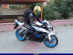 2009 cbr 600 sportbike rider picture website