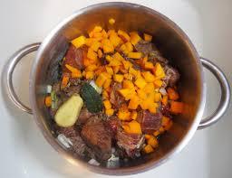 cuisiner un jarret de boeuf mijoté de bœuf bien fondant et le secret de ma liaison cuisiner en