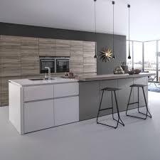 cuisine blanc laqu plan travail bois cuisine blanche laquée galerie et tendance une cuisine bois et laque