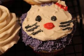 helpful daddy french vanilla hello kitty cupcakes
