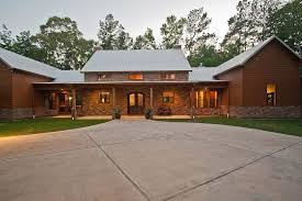 Texas Ranch House Ranch Style House Plan 3 Beds 2 50 Baths 2693 Sq Ft Plan 140 149