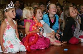 clowns for a birthday party auckland clowns birthday party clowns children s entertainers