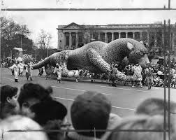 photos photos of philly s thanksgiving day parade curbed philly