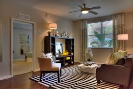 One Bedroom Apartments In St Petersburg Fl Apartments In St Petersburg For Rent Cottonwood Bayview