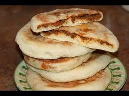 cuisine de choumicha recette de batbout batbout farci à la viande hachée recette marocaine beef