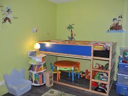 chambre garcon pirate chambre garcon pirate papier peint chambre enfant bateaux