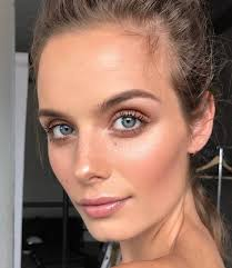 hairstyles for foreheads that stick out on a woman best 25 high forehead ideas on pinterest large forehead