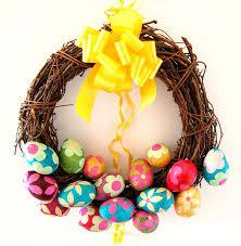 how to make easter wreaths make an easter egg wreath easter wreaths and decoration