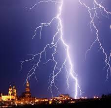 Baden Blitz Unwetter Was Passiert Wenn Einen Der Blitz Trifft Welt