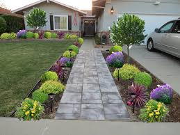 Home Front Yard Design Outdoor U0026 Landscaping Cozy Stone Walkway And Small Plats And