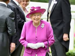 Queen Elizabeth Purse Queen Elizabeth Ii To Get 6m Pay Rise From Public Funds The