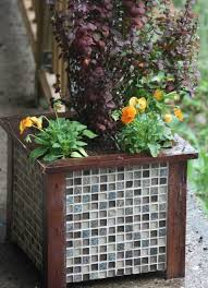 Ceramic Garden Decor 20 Creative Ideas For Reusing Leftover Ceramic Tiles Hative