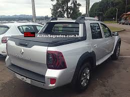 renault pickup truck renault duster oroch dynamique snapped testing