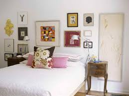 cool how to decorate a bedroom wall on how to decorate your