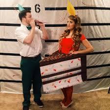 Wilson Volleyball Halloween Costume 25 Couples U0027 Halloween Costume Ideas Totally Steal
