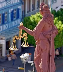Staatsanwaltschaft Baden Baden Da Liegen Teilweise Jahre Dazwischen