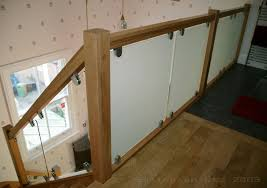 Modern Stair Banister Glass Balustrading Oak Handrail With Glass Toughened Glass