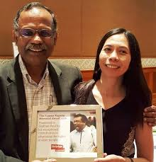 announcing goddy paul as receiving fransis kupang memorial award
