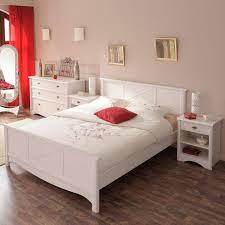 chambre en bois blanc cadre de lit tête de lit 140 190 pin blanc gentiane univers chambre