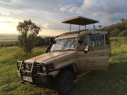 land rover kenya the masai mara in kenya