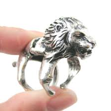 knuckle rings silver images Detailed lion shaped animal armor joint knuckle ring in silver JPG