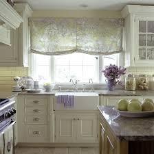Country Cottage Kitchen Design - white kitchen decorating using white ceramic farmhouse kitchen