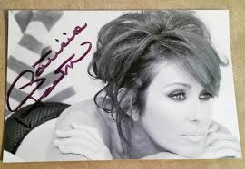hair styles for deborha on every body loves raymond actress patricia heaton autograph best known for being in