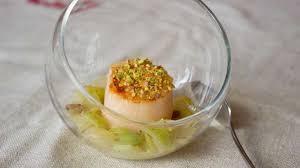 cuisine de a à z verrines verrine de noix de jacques sur lit de poireaux recette par