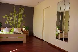 peinture chambre design décoration peinture chambre adulte 27 bordeaux fauteuil