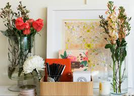 Office Desk Flowers by 5 Ways To Style Your Desk With The Daily Edited Bloombox Co