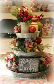 Home And Garden Christmas Decorating Ideas by Best 25 Christmas Kitchen Decorations Ideas Only On Pinterest