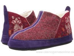 womens boot slippers canada wzw9108024 canada womens acorn sheepskin moxie boot