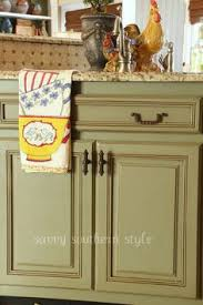 Annie Sloan Paint Kitchen Cabinets Kitchen Cabinets Tutorial Using Chalk Paint Lacquer And Glaze