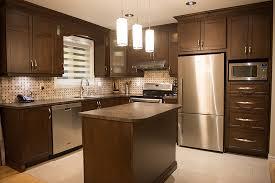 retaper armoire de cuisine rénovation décapage et fabrication d armoires et comptoirs cuisine