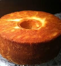 fashioned sour cream pound cake