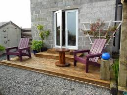 Outdoor Furniture Made From Pallets by Best 25 Pallet Decking Ideas On Pinterest Pallet Patio Pallet