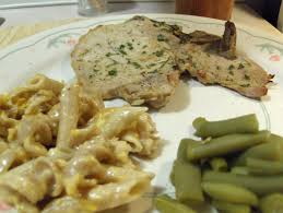 honey mustard pork chops w baked macaroni and cheese green beans