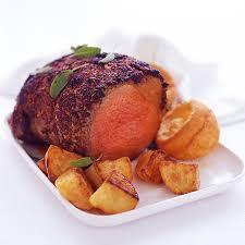 cuisiner un roti de boeuf au four rôti de bœuf et pommes de terre au four filippo berio