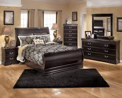 King Sleigh Bedroom Sets by Esmarelda Sleigh Bedroom Set In Dark Merlot