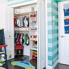 robe chambre enfant rayures pour la chambre de garçon chambre inspirations