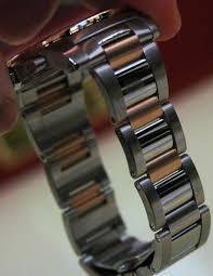 cartier watches bracelet images Cartier calibre watch now with bracelet ablogtowatch jpg