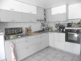 cuisine laqué cuisine moderne galerie et cuisine laquee grise des photos cuisine